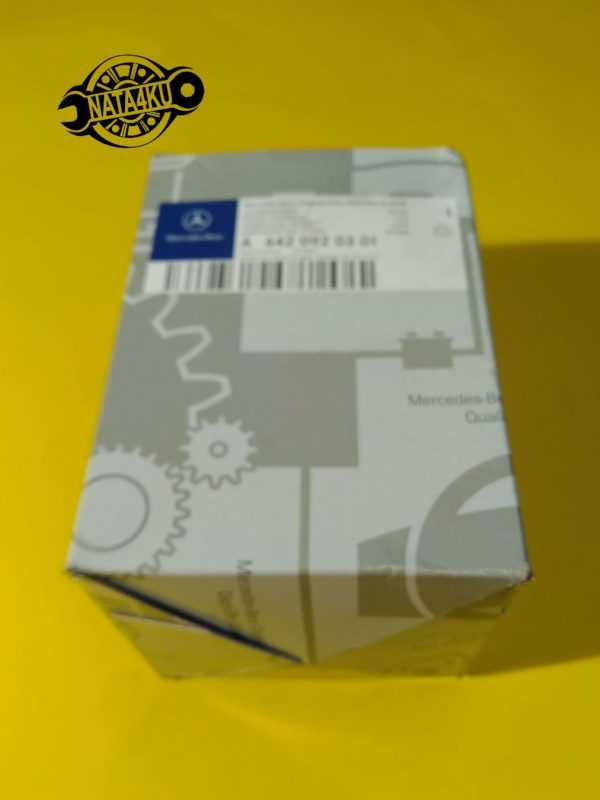 Фильтр топливный Mercedes om642 w212/w204w164 2007 > A6420920301 Mercedes