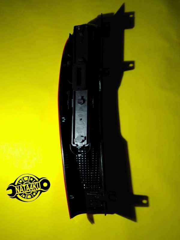 Фонарь задний левый L Mercedes kombi 636/w639 A6398201664 Mercedes