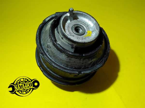 Опора двигателя (подушка) Mercedes w202/c208/w210 /r170 1993 - 2003 601418 Corteco