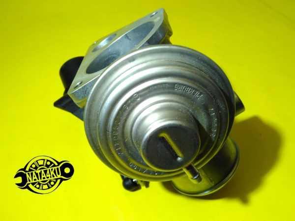 Клапан egr Mercedes om611 cdi 2.2 w202/w210 A6110980417 Mercedes