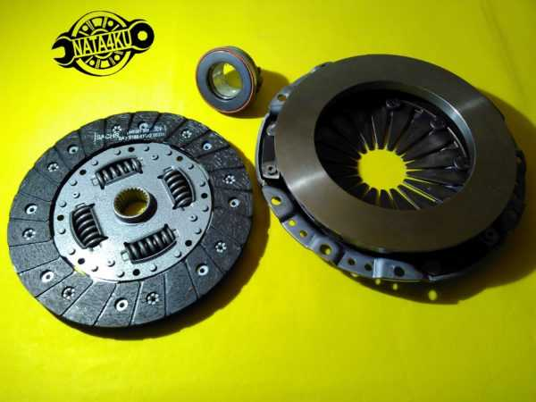 Комплект сцепления (диск корзина подшипник) 215mm Mercedes m111 w202/w210/c208 1993 - 2002 3000705102 Sachs