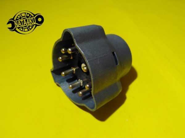 Переключатель зажигания Mercedes w123/w124/w201 /601/611 A2025450304 Mercedes