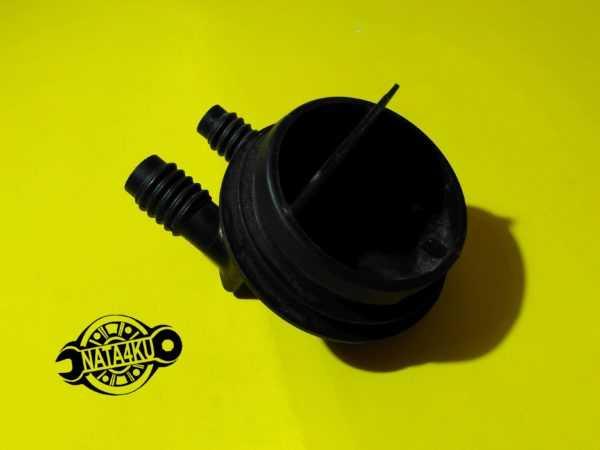Крышка бочка гидравлической жидкости Mercedes r129/w140/w124 /w201 A2013270621 Mercedes