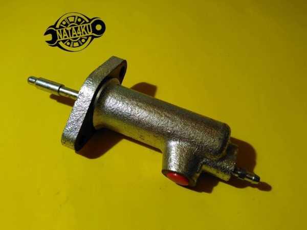 Цилиндр сцепления рабочий Mercedes w123/W111/W460 /601 3702 Kager
