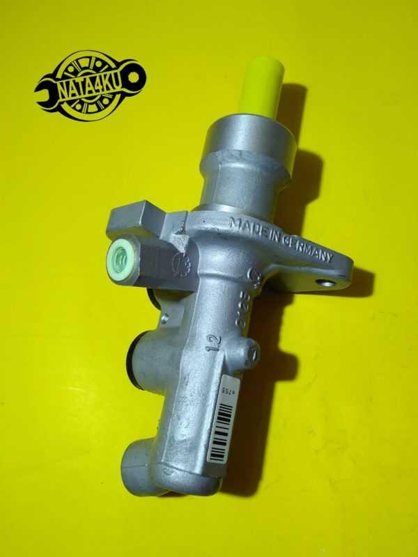 Цилиндр тормозной главный Mercedes w210/s210/w202 1995 - 2003 PML359 Trw