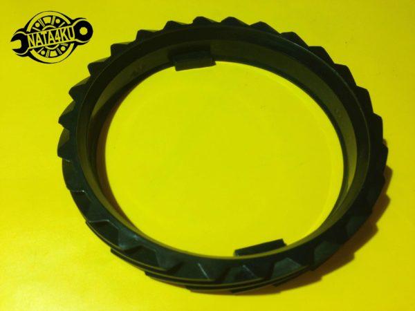Шестерня привода спидометра Opel calibra/kadett/vectra/ astra Chevrolet aveo/nubira/lanos 90125064 Gm